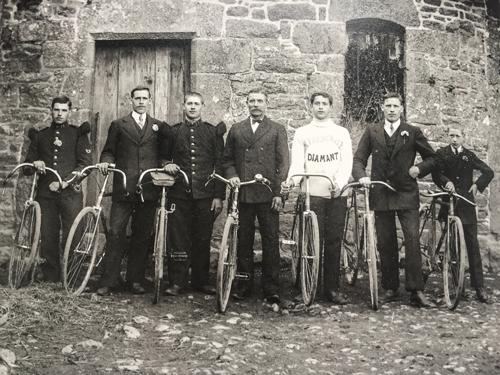 Mitglieder eines Radfahrerklub