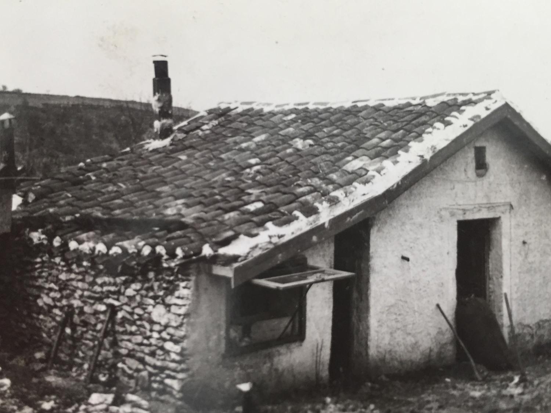Ein Gebäude im Hof bei Cahors, wo mein Vater Landwirt hätte werden sollen