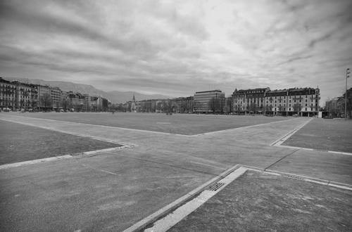 Die leere Plaine de Plainpalais in Genf