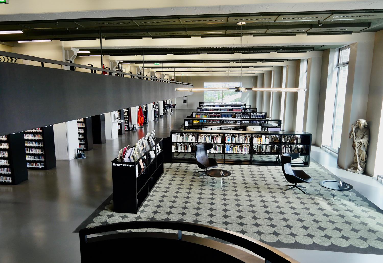 Der Lesesaal der ZHdK Bibliothek in Zürich