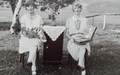 Bilder von Schwestern, die sich nah sind